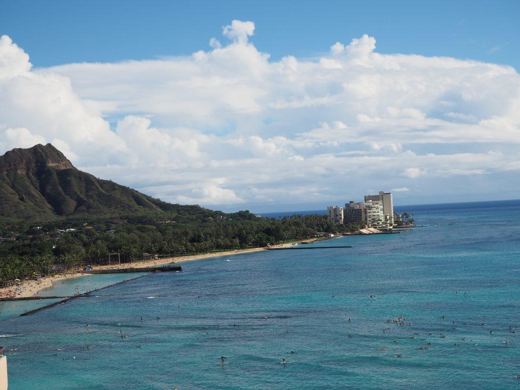 ロイヤルハワイアンホテル(The Royal Hawaiian)、マイラニ・タワー・プレミア・オーシャン(Mailani Tower Premier Ocean)から見えるダイアモンドヘッドの景色