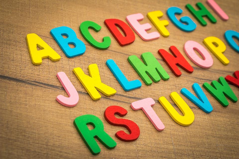 アメリカのkindergartenで学ぶアルファベット
