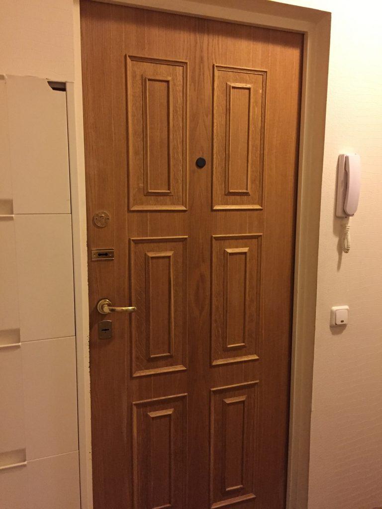 ロシアのマンションの内側