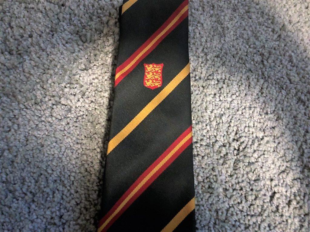 ハウスリーダーのネクタイ