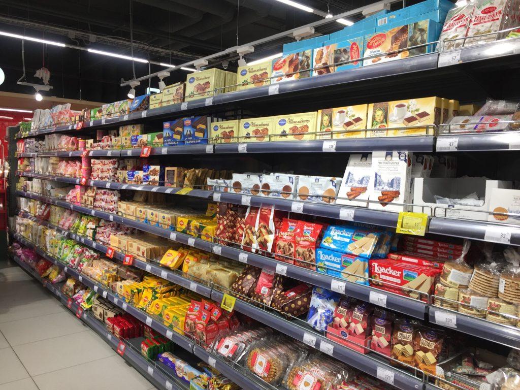 モスクワのスーパーのお菓子