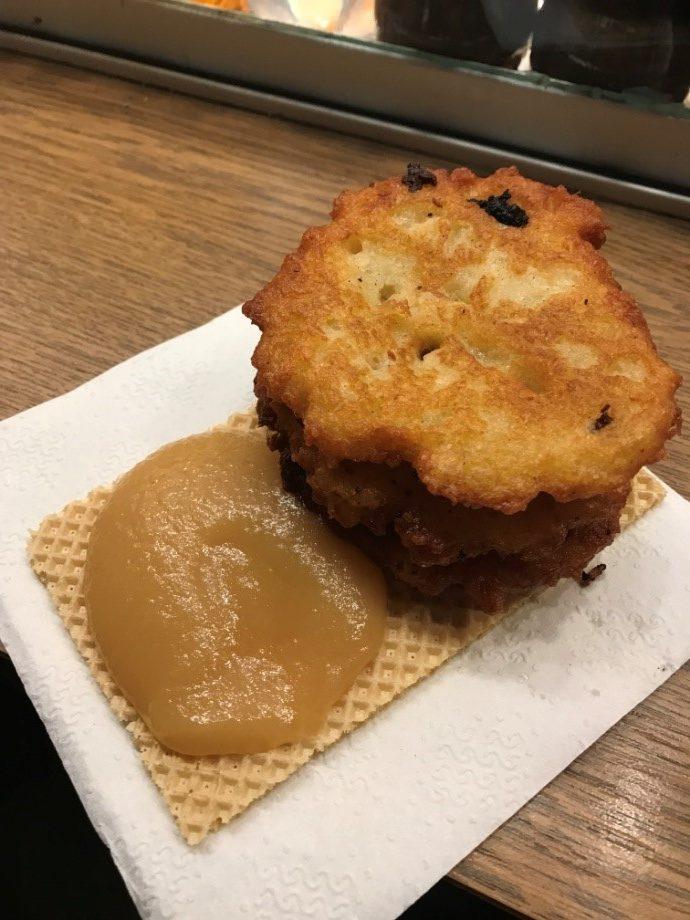 ドイツのReiberdatschi/Kartoffelpuffer