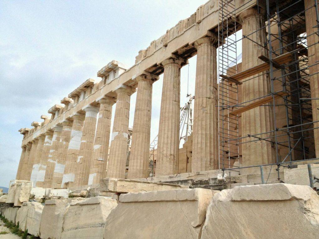 アクロポリス遺跡のパルテノン神殿