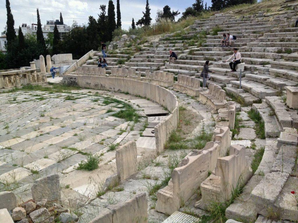 ギリシャ最古の劇場、ディオニソス劇場