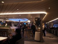 ヘルシンキからタリンへのフェリー、MEGASTAR内の軽食スペース