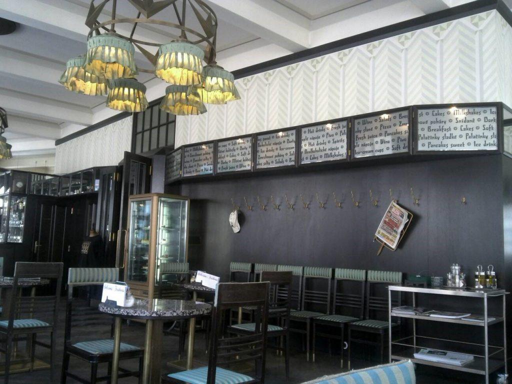 プラハのカフェ、Grand Cafe Orientの内装