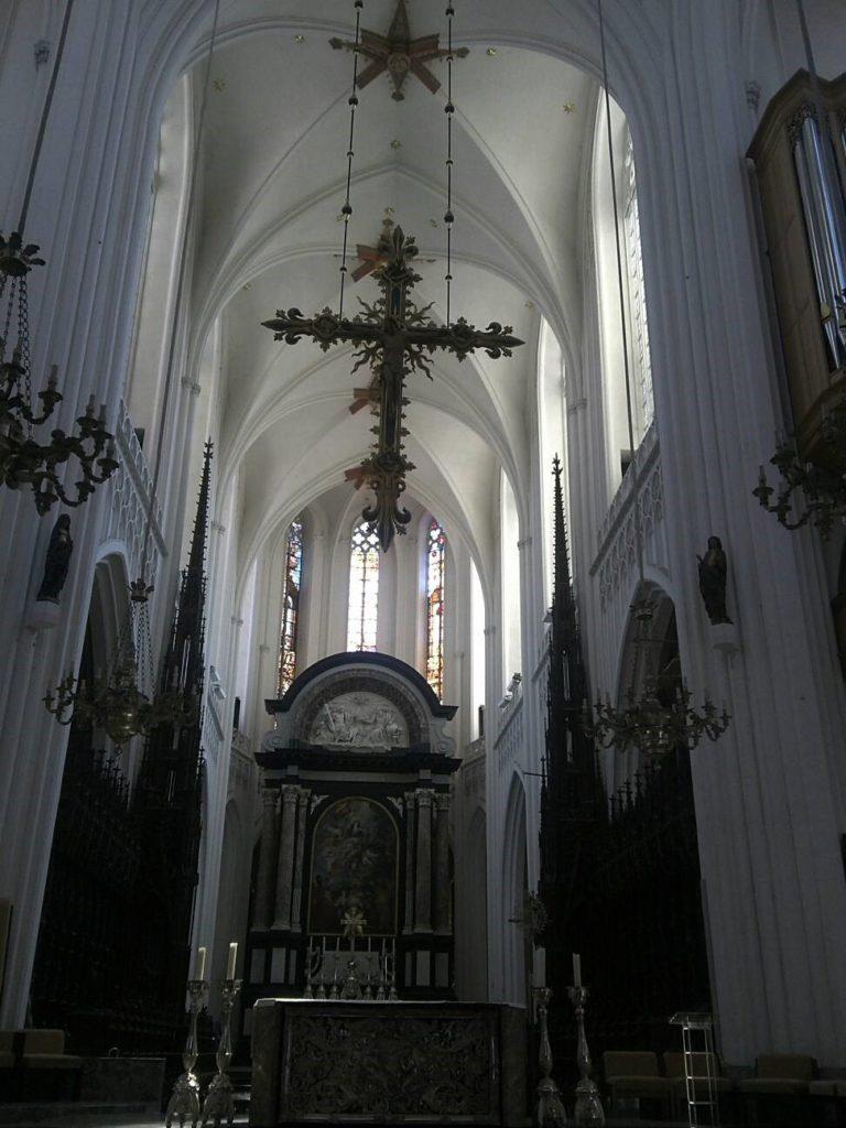 ノートルダム大聖堂内部