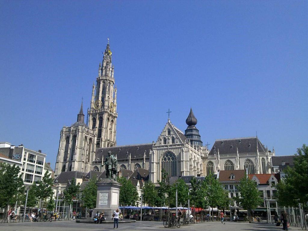 ベルギーのノートルダム大聖堂
