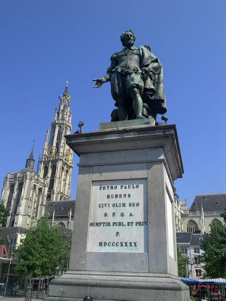 ルーベンスの像