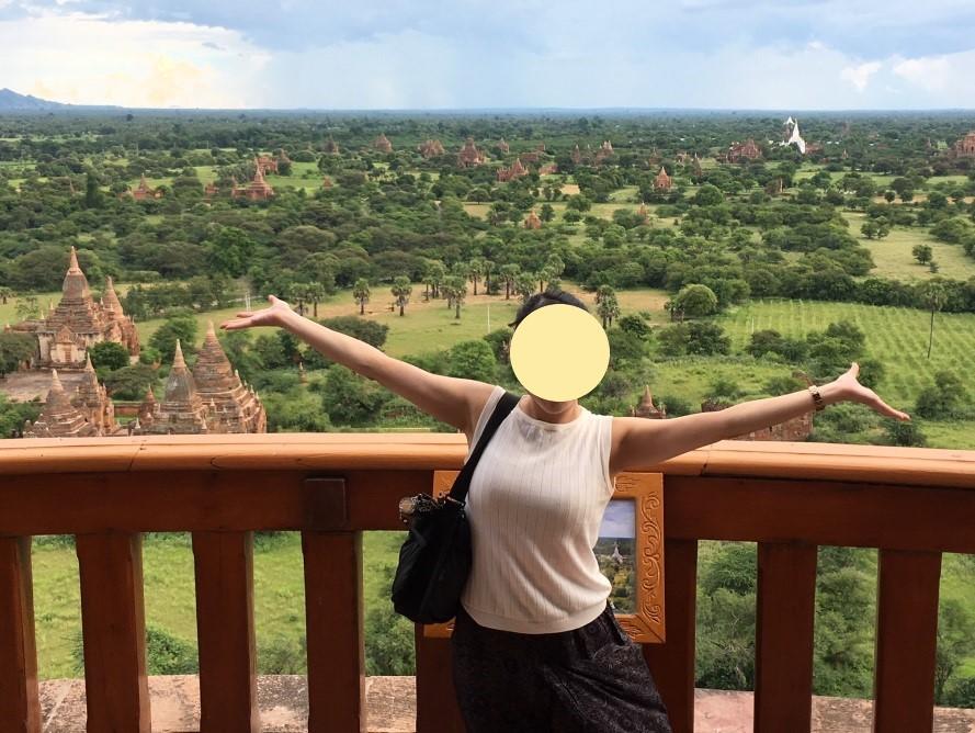 ミャンマーのバガンビューイングタワーからの眺め