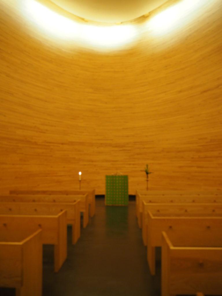 ヘルシンキのカンピ礼拝堂内部