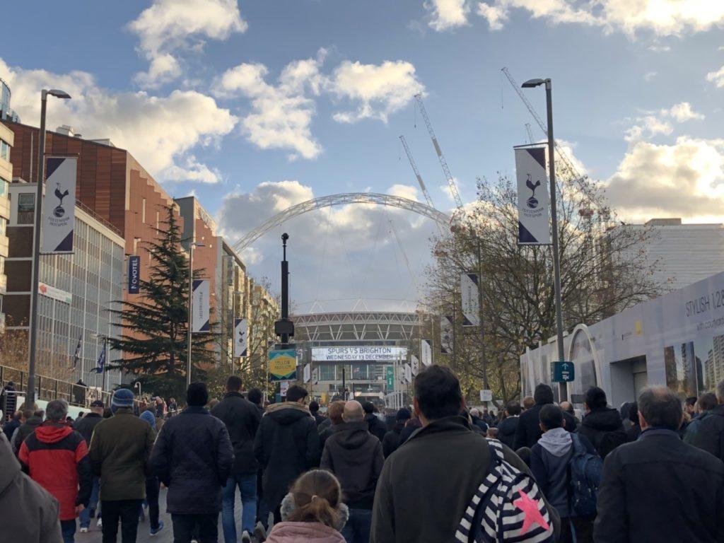 Wembley Park駅からウェンブリースタジアムまでの行き方
