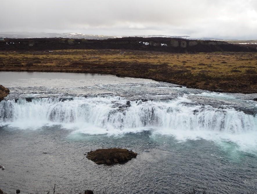 アイスランド、ゴールデンサークルのファクシの滝