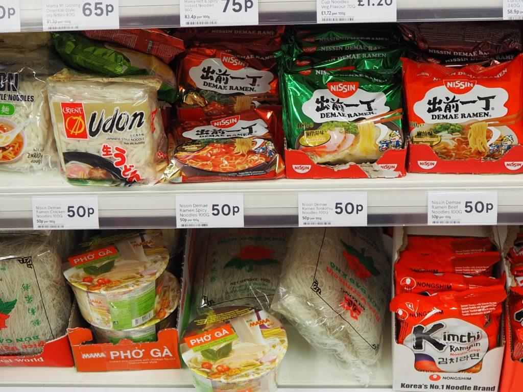 ロンドンのスーパー、テスコ Tescoの日本食材