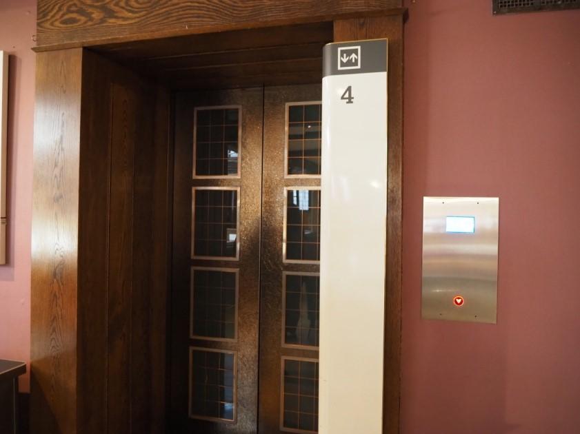 リバティ・ロンドン(Liberty)店内エレベーター