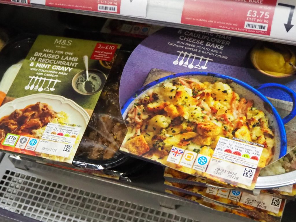 ロンドンのスーパー、マークス&スペンサー Marks&Spencerのready to cook食品