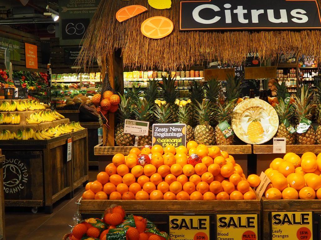 ロンドンのスーパー、ホールフーズマーケット Whole Foods Marketの果物