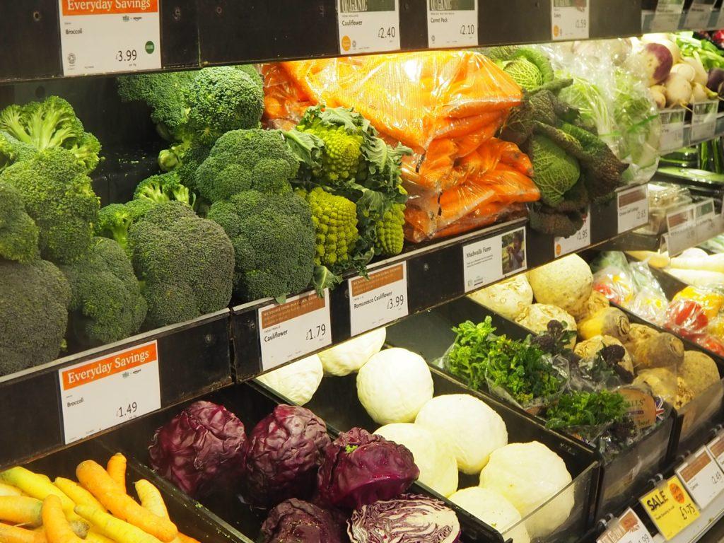 ロンドンのスーパー、ホールフーズマーケット Whole Foods Marketの野菜