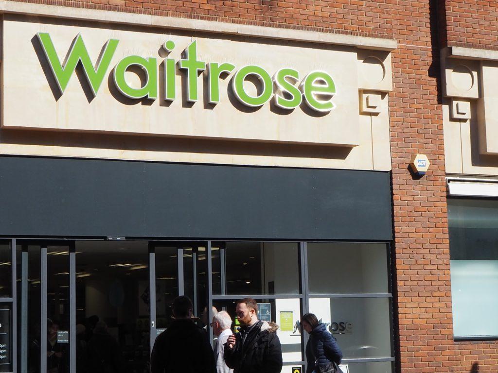 ロンドンのスーパースーパー、ウエイトローズ Waitrose