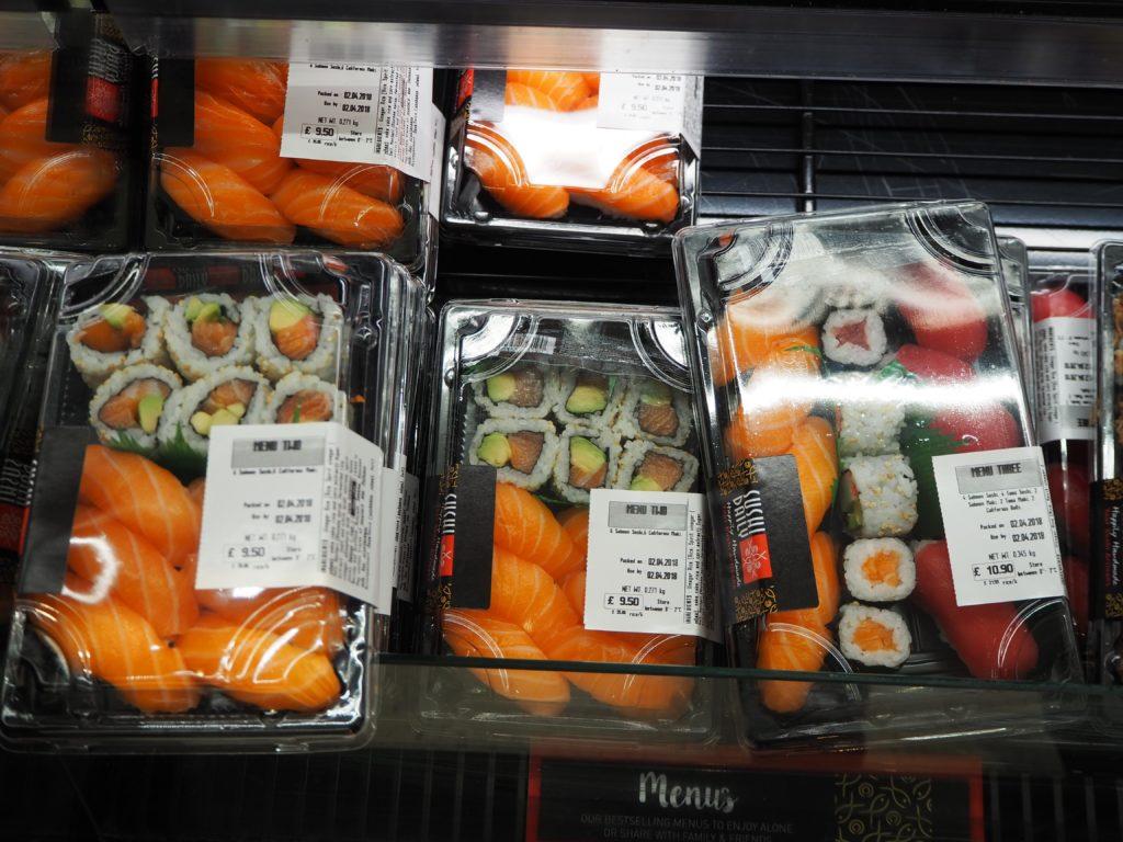 ロンドンのスーパー、セインズベリーズ Sainsbury'sのお寿司
