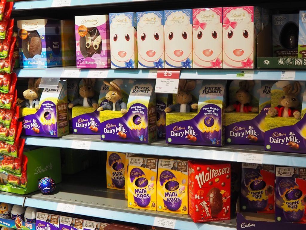 ロンドンのスーパースーパー、ウエイトローズ Waitroseのイースターのお菓子