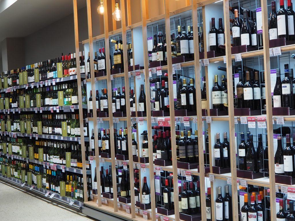 ロンドンのスーパースーパー、ウエイトローズ Waitroseのワイン