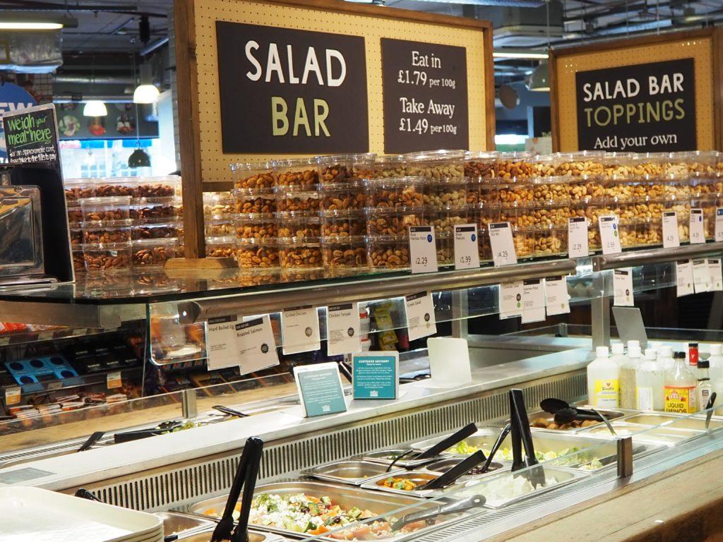 ロンドンのスーパー、ホールフーズマーケット Whole Foods Marketの冷たい食べ物