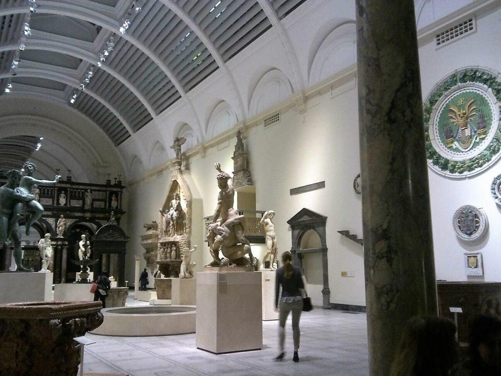 ロンドンのヴィクトリア&アルバート博物館(Victoria and Albert Museum)