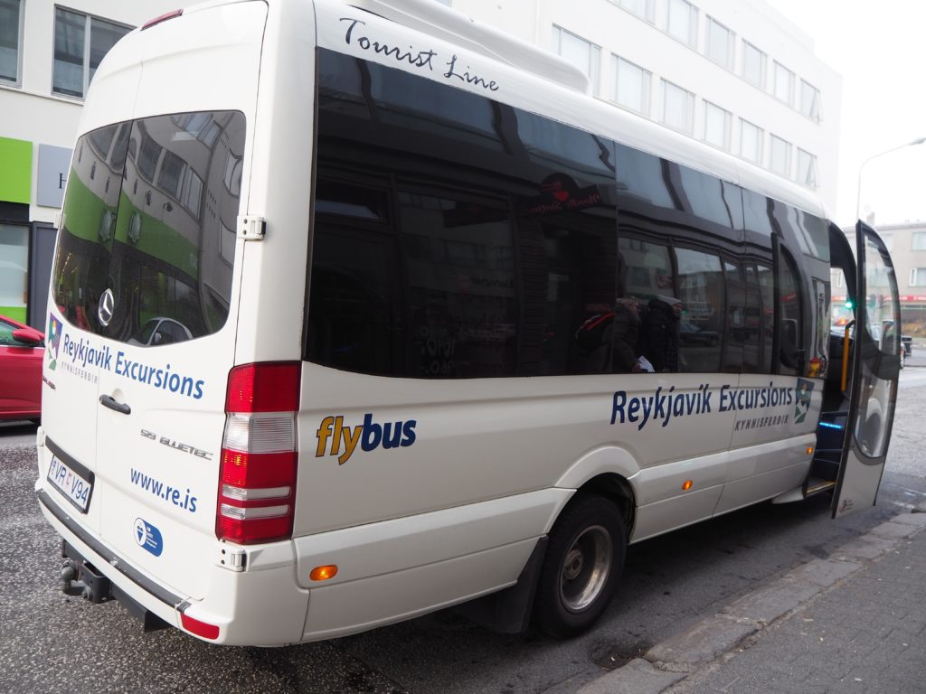 アイスランドのバス