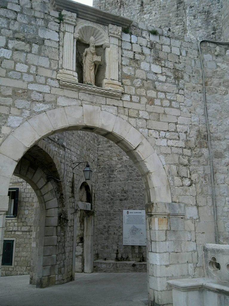 ドブロブニクのピレ門