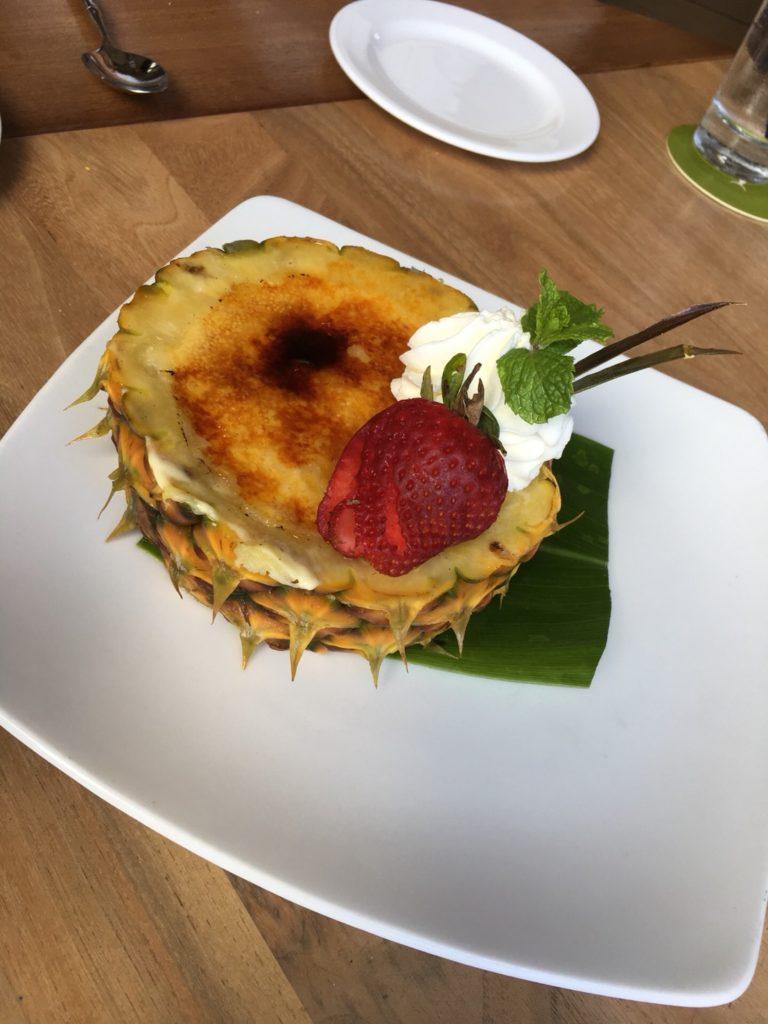 ハワイのトミーバハマのパイナップルクリームブリュレ
