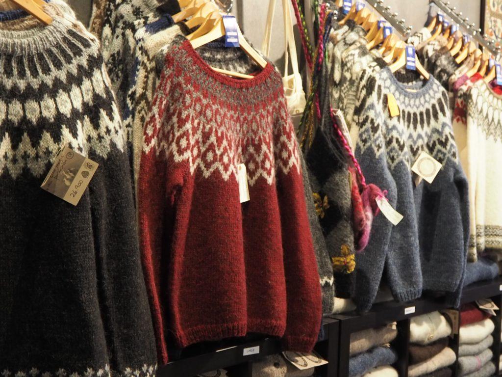 オク・ソウ &POのセーター