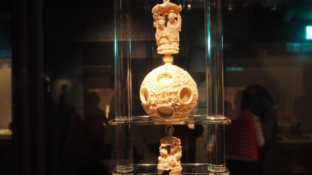 国立故宮博物院の象牙多層球