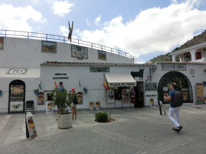 Plaza・De・Toros