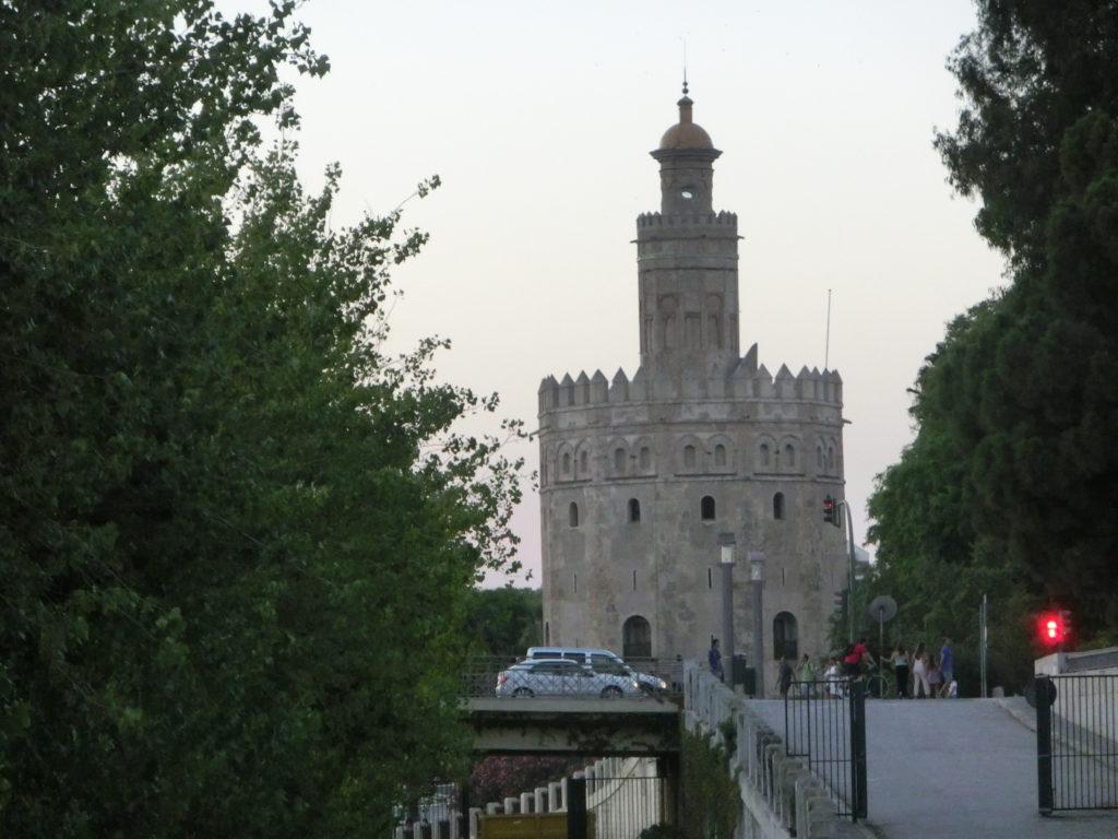セビリアの黄金の塔