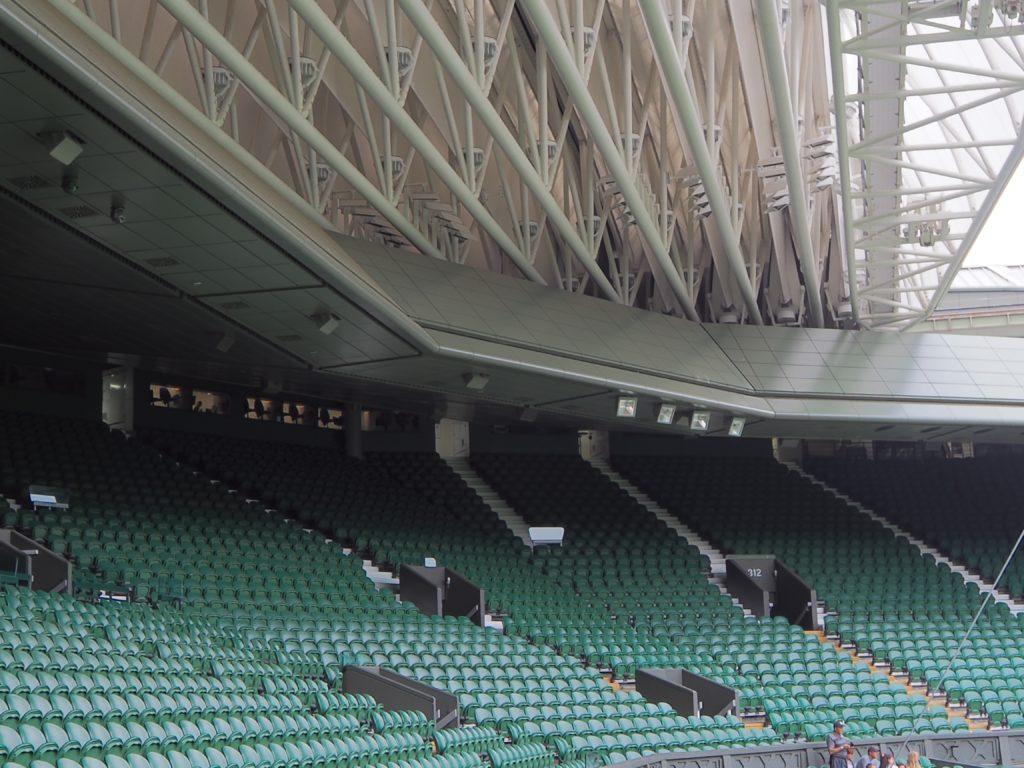 ウィンブルドン(Wimbledon)のセンターコートの屋根