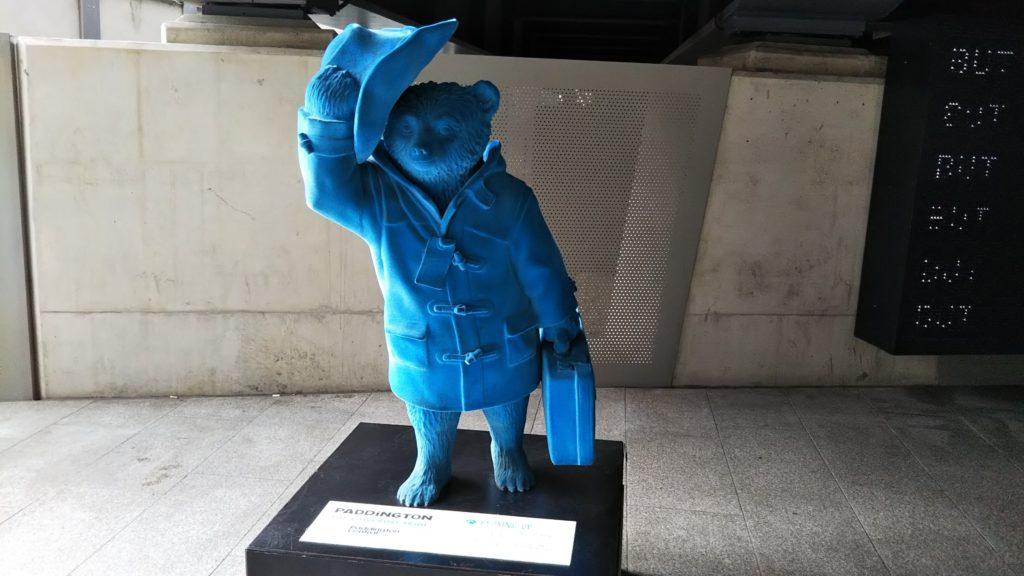 パディントン駅 (Paddington)のパディントン像