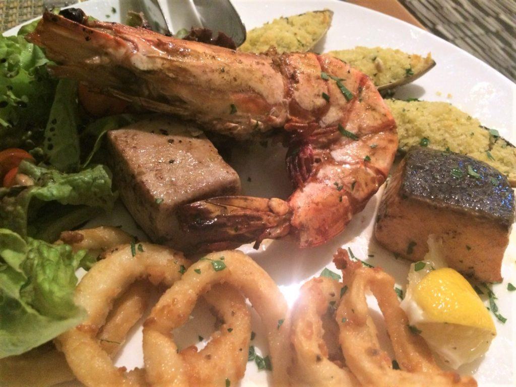 セブ島シャングリラホテル内のイタリアンレストラン、アクア(ACQUA)の料理