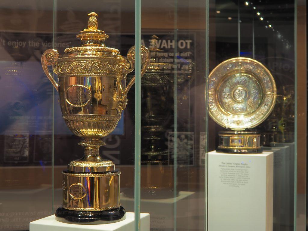 ウィンブルドン(Wimbledon)の選手権シングル優勝トロフィー