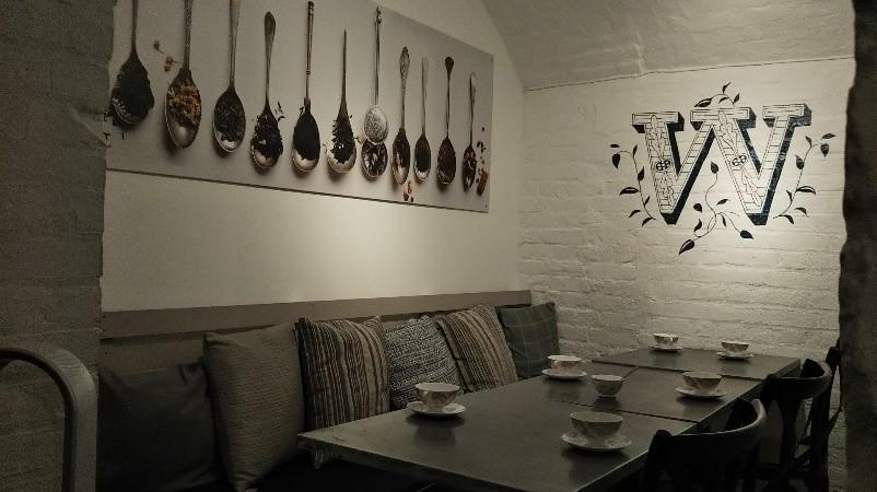 ロンドンのコヴェント・ガーデンのウィッタード(whittard)のカフェ、TEA BAR店内の様子