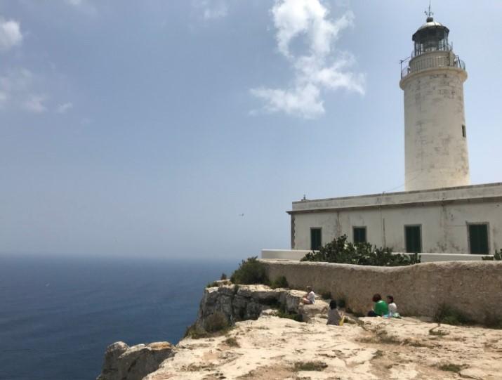 フォルメンテーラのモラ灯台(Far de la Mora)