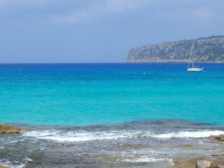 フォルメンテーラ島のエス・カロ(Es Calo)の海