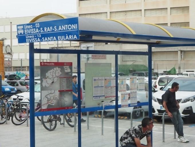イビサタウンからサン・アントニ(San Antoni)行きのバス乗り場