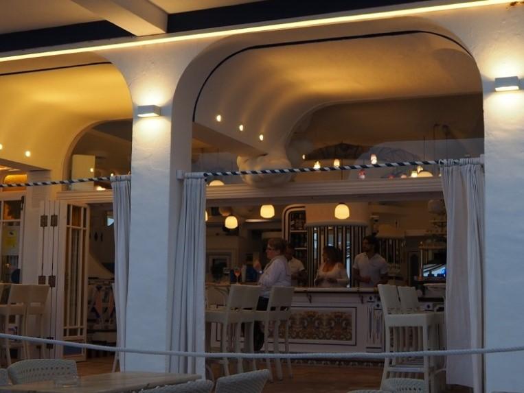 サン・アントニのカフェ・デル・マール(Café Del Mar)