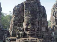 アンコールトムのバイヨン寺院で最も有名な菩薩の像