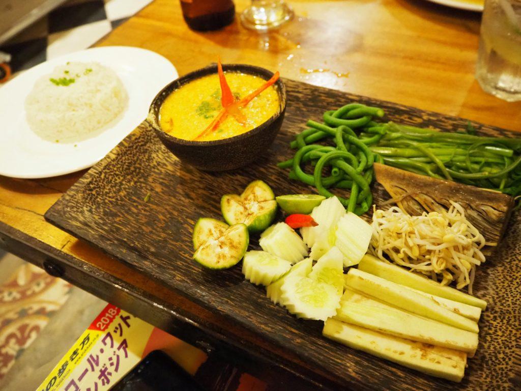 シェムリアップのレストラン、クメール・ファミリー(Khmer Family)のクメールカレー