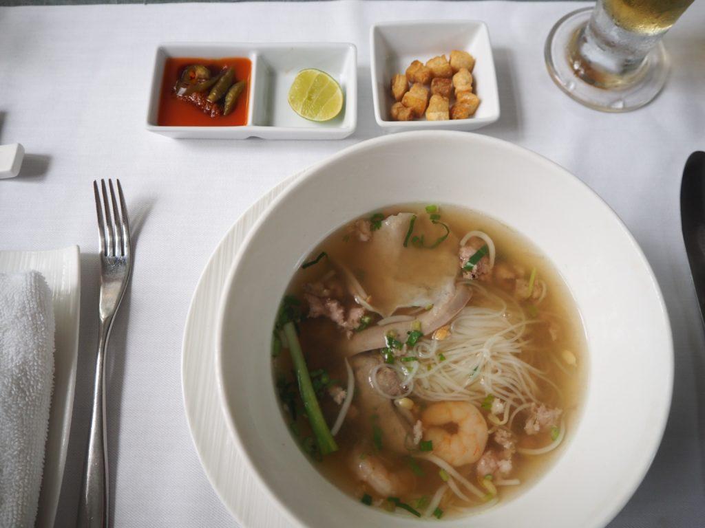 シェムリアップのレストラン、マリス(Malis)の麺料理