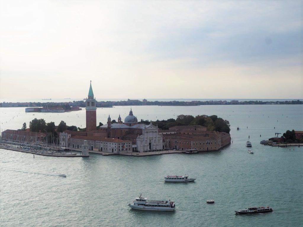 鐘楼から眺めるサン・ジョルジョ・マッジョーレ島