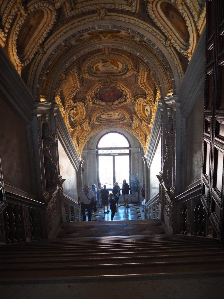 ドゥカーレ宮殿(Palazzo Ducale, Doge's Palace)の黄金階段