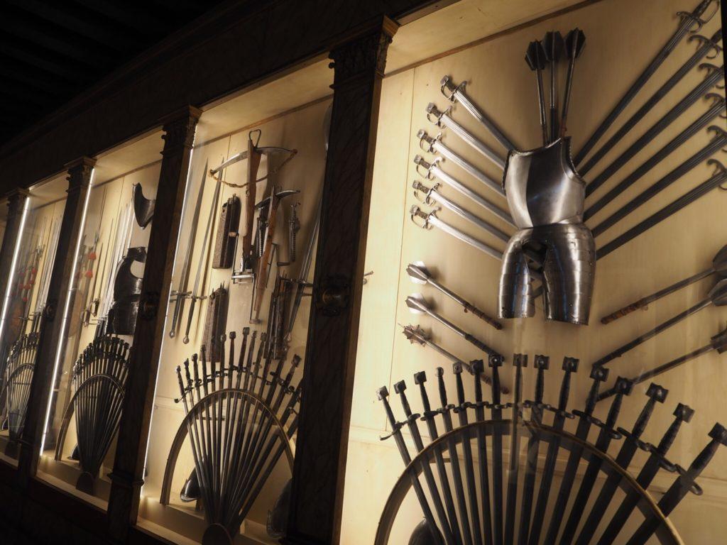 ドゥカーレ宮殿(Palazzo Ducale, Doge's Palace)の武器庫(Sala d' armi)